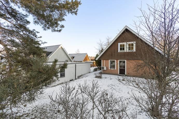 Bild: 7 rum radhus på Smultrongränd  1, Danderyds kommun Enebyberg