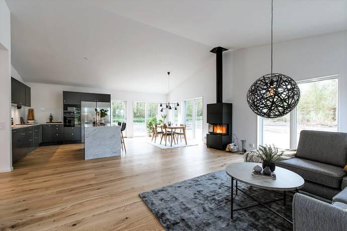 Bild: 5 rum villa på Lassvägen 4, Luleå kommun Bensbyn