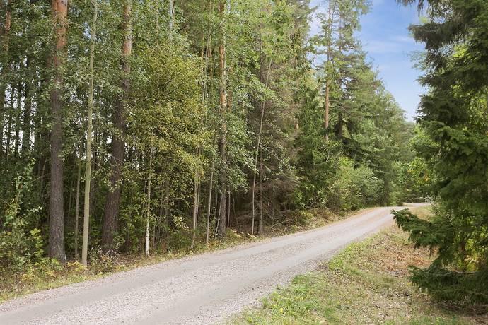 Bild: tomt på Glanstrandsvägen 4, Finspångs kommun