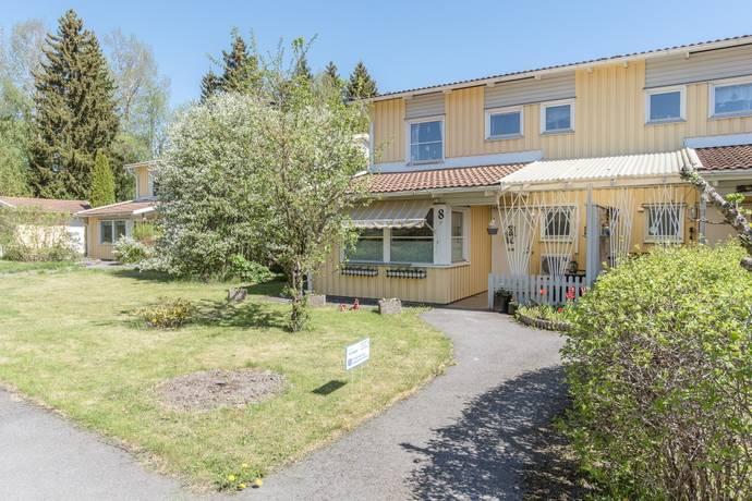 Bild: 4 rum bostadsrätt på Nils Arpis väg 8, Östhammars kommun Alunda