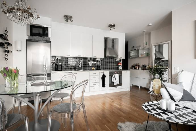 Bild: 2 rum bostadsrätt på Midsommargränd 6, Stockholms kommun Midsommarkransen/Telefonplan