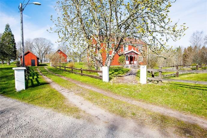 Bild: 6 rum villa på Rövaremåla 106, Högsby kommun Grönskåra