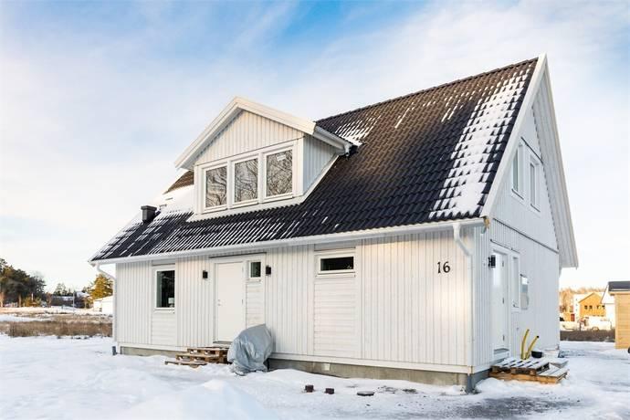 Bild: 2 rum villa på Åkersrovägen 16, Enköpings kommun Åkersberg