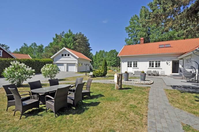 Bild: 8 rum villa på Vollen 1, Strömstads kommun Lökholmen