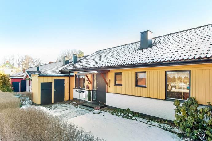 Bild: 4 rum radhus på Snickaregatan 2 D, Åtvidabergs kommun Reserven