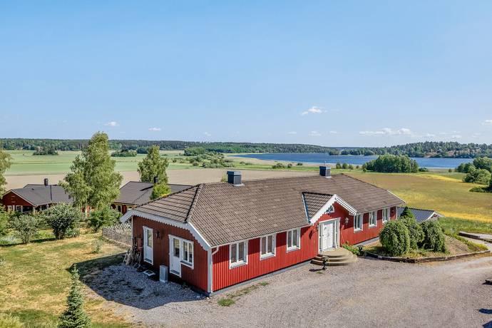 Bild: 5 rum villa på Häggebyholmsvägen 3, Håbo kommun Häggeby
