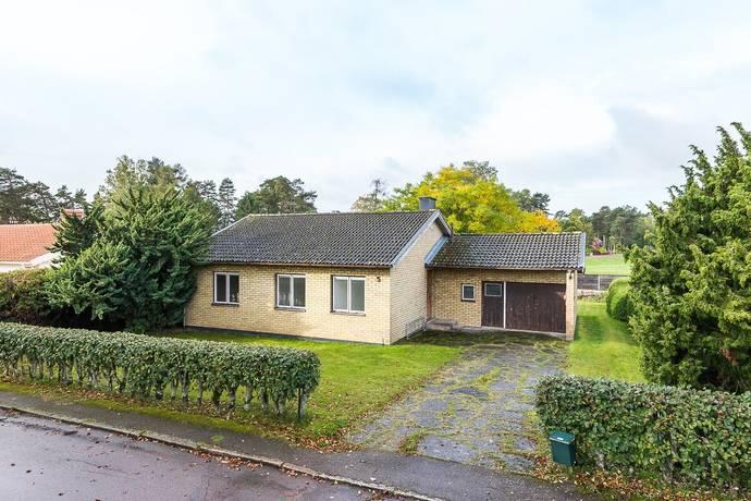 Bild: 3 rum villa på Vimpelgatan 5, Motala kommun Råssnäs