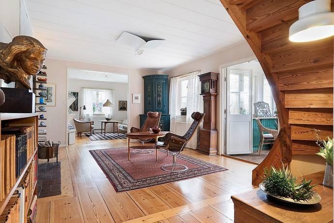 Bild: 8 rum villa på Österbyvägen 2, Kungsörs kommun Kungs Barkarö