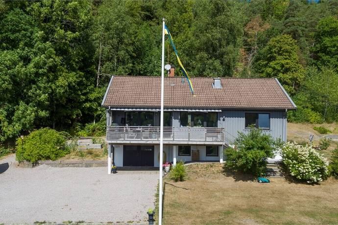 Bild: 4 rum villa på Aröd 271, Uddevalla kommun Ljungskile