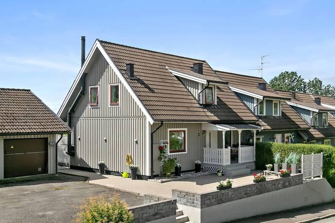 Bergsvägen 2D Svanesund, Orust                                             2095000kr