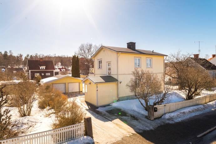 Bild: 5 rum villa på Gamla Stugsundsvägen 16, Söderhamns kommun Centrum - Holmänge
