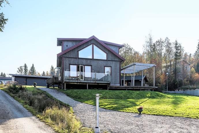 Bild: 6 rum villa på Ryrsjön 113, Lilla Edets kommun Ryrsjön