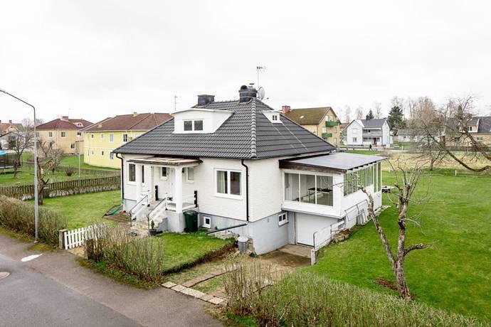 Bild: 4 rum villa på Skolgatan 6, Värnamo kommun Centrala Rydaholm
