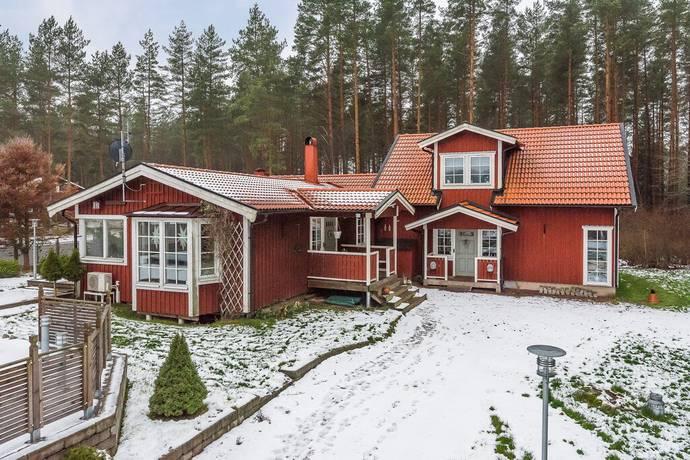 Bild: 5 rum villa på Skogsgläntan 1, Mjölby kommun Mjölby