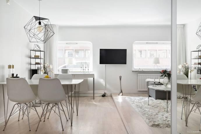 Bild: 1 rum bostadsrätt på Linnégatan 17a, Stockholms kommun Östermalm