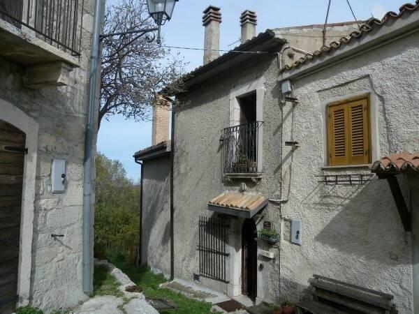 Bild: 6 rum radhus på Roccacaramanico, Italien Abruzzo