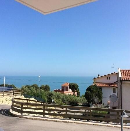 Bild: 3 rum bostadsrätt på San Vito Chietino, Italien Abruzzo