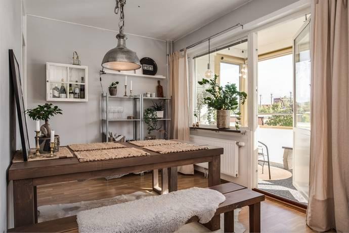 Bild: 2 rum bostadsrätt på Gustavsgatan 42, Örebro kommun Centralt Väster