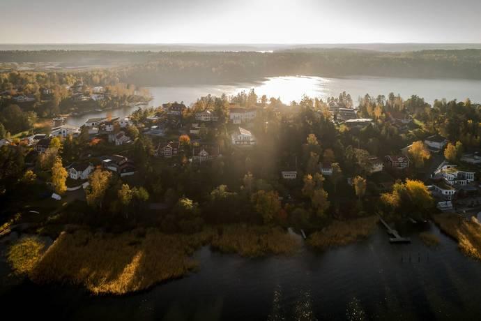 Bild: 7 rum villa på Talgoxevägen 8, Ekerö kommun Älvnäs Ekerö