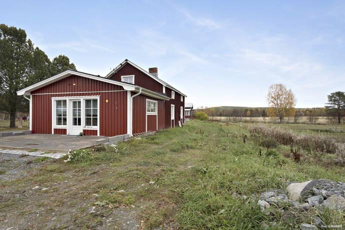 Bild: 5 rum gård/skog på Övre Buddbyn 2B, Bodens kommun Övre Buddbyn
