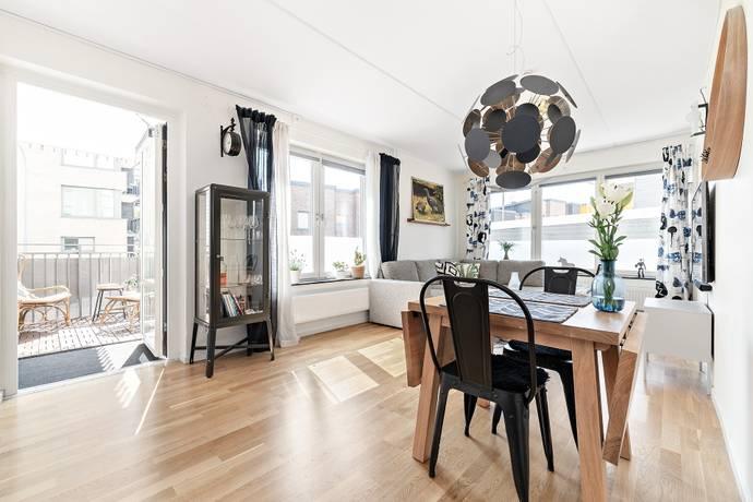 Bild: 2 rum bostadsrätt på Oxenstiernas Allé 19, Sundbybergs kommun Ursvik