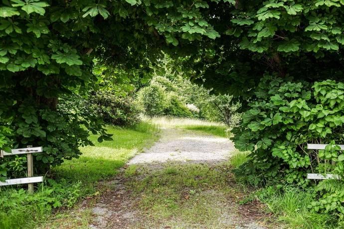 Bild: tomt på Pionstigen 5, Härryda kommun Mölnlycke - Centrum