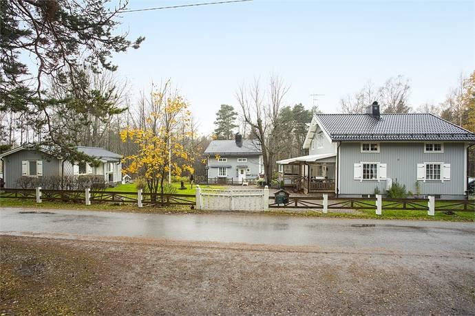 Bild: 7 rum villa på Breidablickvägen 3, 1A, 1B, Söderhamns kommun SANDARNE