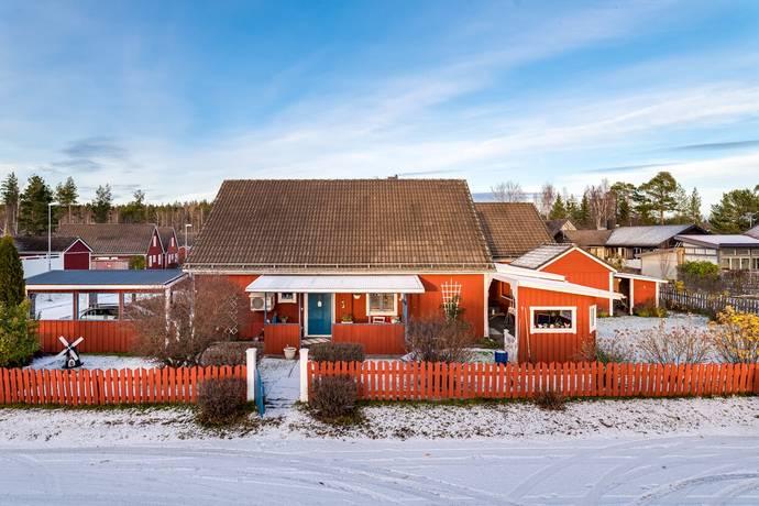 Bild: 6 rum villa på Risslavägen 21, Hudiksvalls kommun Hudiksvall-Håsta