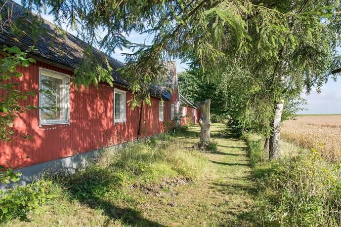 Bild: 7 rum villa på Norra Eggelstadsvägen 12, Sjöbo kommun Lövestad
