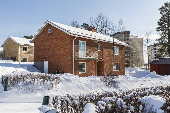 Bild: 5 rum villa på Torparevägen  10, Hudiksvalls kommun Öster