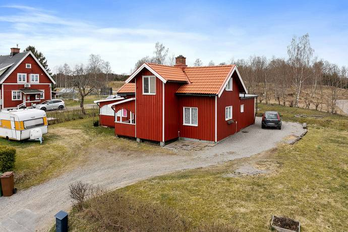 Bild: 4 rum villa på Ekebacksvägen 8, Färgelanda kommun