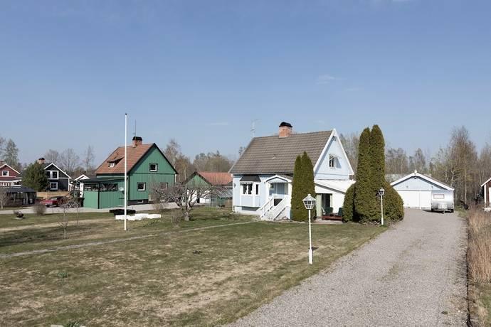 Bild: 3 rum villa på Nygatan 11, Laxå kommun Hasselfors