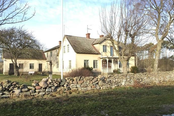 Bild: 8 rum gård/skog på Öja Strands 814, Gotlands kommun