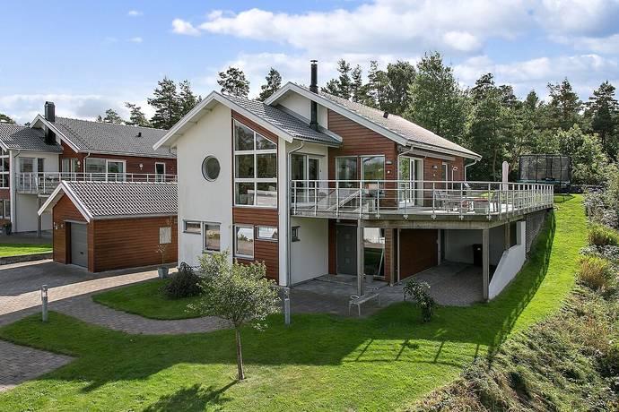 Bild: 7 rum villa på Hultbotjärn 13A, Göteborgs kommun Askim-Trollåsen