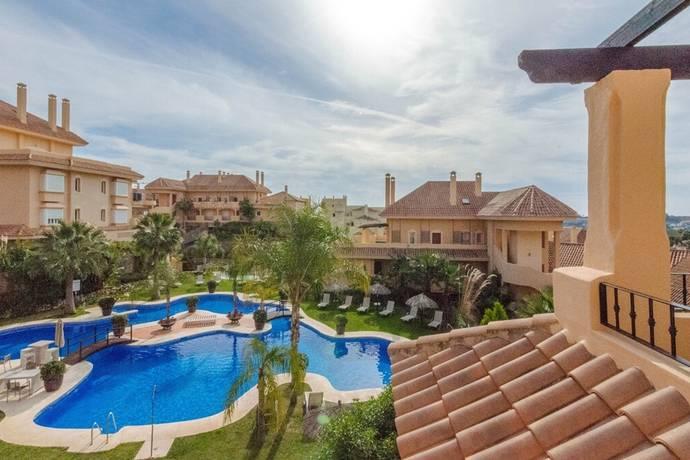 Bild: 3 rum bostadsrätt på Modern Duplex Penthouse i Aloha Hill Club, Spanien Marbella- Nueva Andalucia