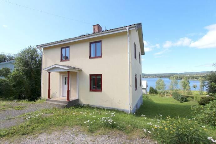 Bild: 5 rum villa på Nyadalsvägen 24, Kramfors kommun Klockestrand