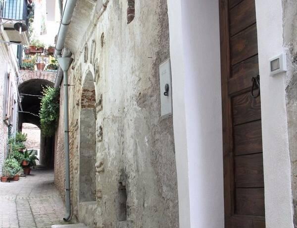 Bild: 2 rum radhus på Penne, Italien Abruzzo