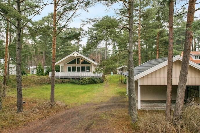 Bild: 5 rum villa på Mullvadsvägen 3, Kristianstads kommun YNGSJÖ - Havsbadsområdet