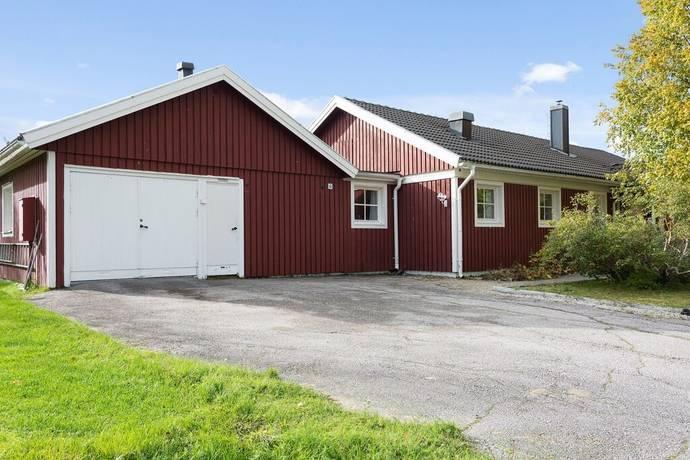 Bild: 6 rum villa på Fröbomsvägen 4, Jokkmokks kommun Centrum