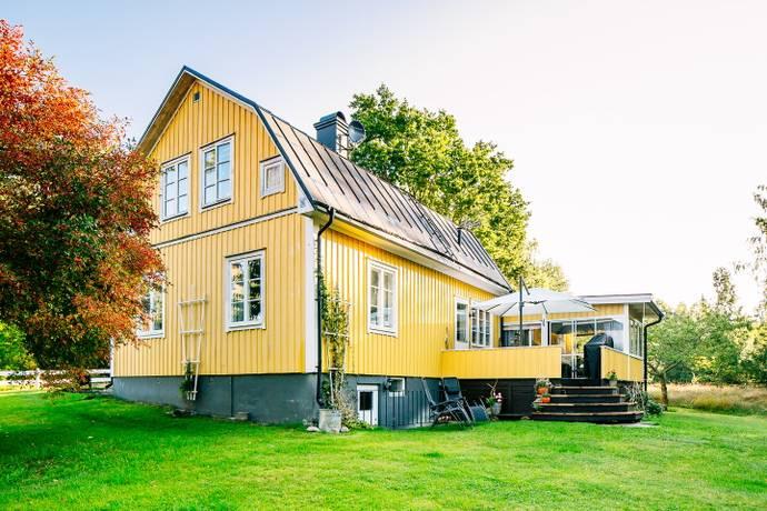 Bild: 5 rum villa på Tallåsvägen 6, Mariestads kommun Sjötorp