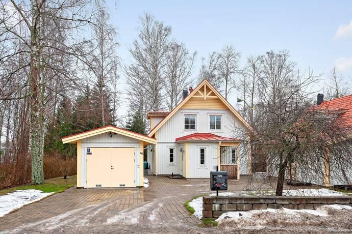 Bild: 5 rum villa på Solvägen 45, Nacka kommun Hedvigslund