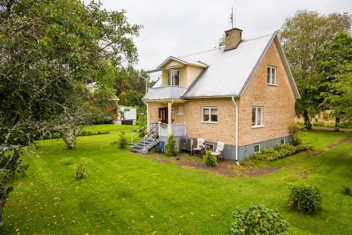 Bild: 4 rum villa på Källvägen 3, Munkfors kommun Munkfors