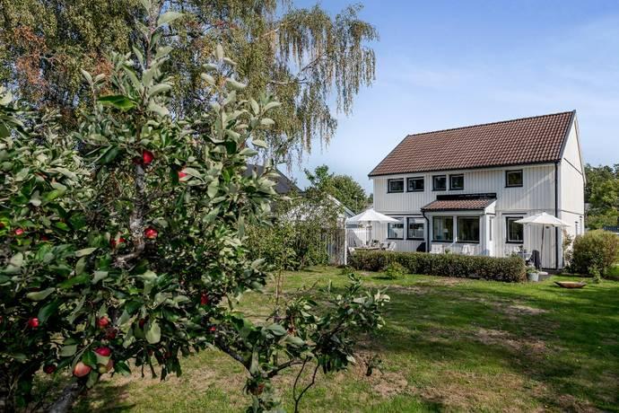 Bild: 5 rum villa på Vallslingan 10, Täby kommun Valla (Vallatorp)