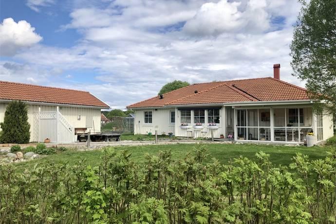 Bild: 4 rum villa på Västra Lillgärdsvägen 19, Bodens kommun Sävast