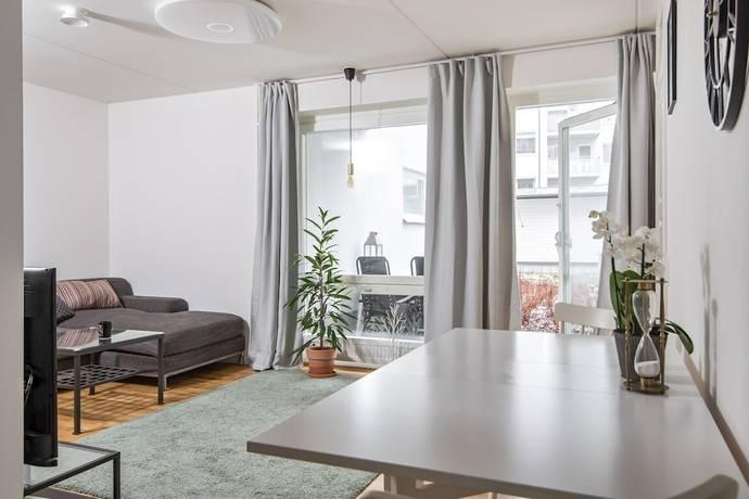 Bild: 2 rum bostadsrätt på Turebergs Allé 30, Sollentuna kommun Tureberg