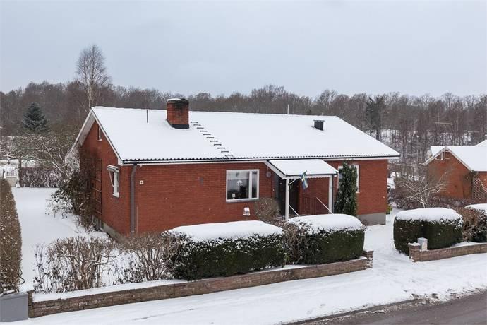 Bild: 4 rum villa på Dahlénvägen 4, Olofströms kommun Olofström
