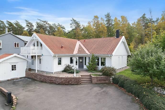 Bild: 5 rum villa på Hultbotjärn 27, Göteborgs kommun Askim-Trollåsen