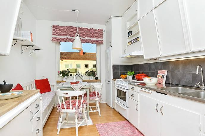 Bild: 2 rum bostadsrätt på Mellankullagatan 6B, Hässleholms kommun Hässleholm - Väster