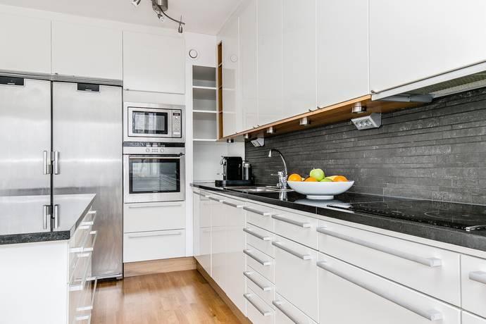 Bild: 3 rum bostadsrätt på Mörbydalen 25, Danderyds kommun Mörbyskogen
