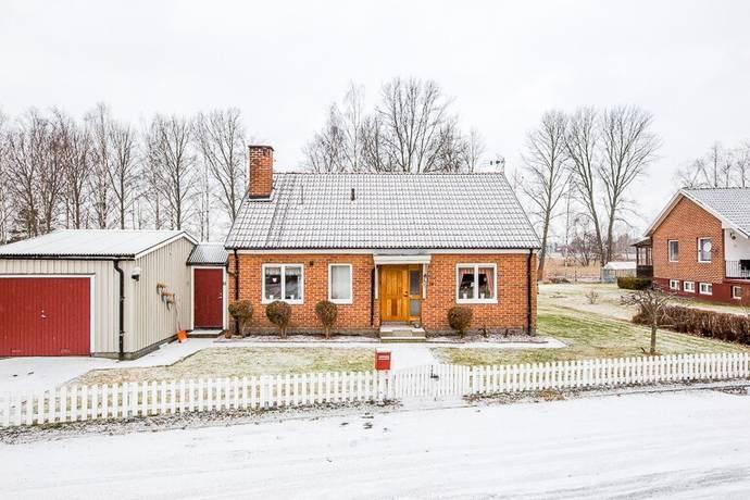 Bild: 4 rum villa på Närlundavägen 14, Skövde kommun Tidan